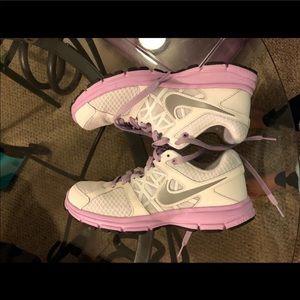Women's Nike relentless 2